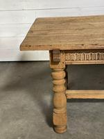 Superb Quality Large Bleached Oak Farmhouse Dining Table (6 of 32)