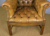Superb Antique Buttoned Leather Wing Armchair (7 of 11)
