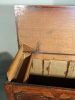 A Mid 18th Century Oak Dower Chest (4 of 5)