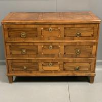 c18th Italian tulipwood and marquetry commode (5 of 11)