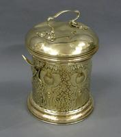 An Art Nouveau fireside container (2 of 4)
