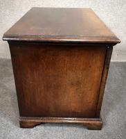 Titchmarsh & Goodwin Oak Miniature Fall-Front Dower Chest RL21422 (6 of 11)