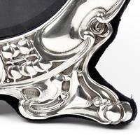 Art Nouveau Style Goldsmiths & Silversmiths Circular Silver Frame (5 of 5)