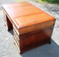 1960s Mahogany Pedestal Desk with Tan Leather on Top (3 of 3)