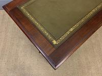 Good Late Victorian Mahogany Writing Table (13 of 14)