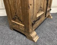 French Gothic Oak Rustic Cupboard or Wardrobe (20 of 22)