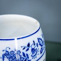 2 Flow Blue Jars (7 of 20)