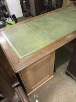 G. W. R Large Pine & Oak Leather Topped Desk (5 of 17)