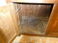 18th Century English Oak Cupboard (3 of 10)