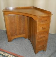 Oak Corner Desk (3 of 7)