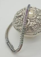 18ct WG Sapphire Bracelet (3 of 6)