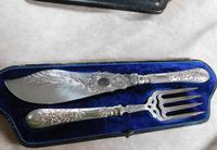19th Century Martin Hall & Co Silver Plate Fish Servers (3 of 11)