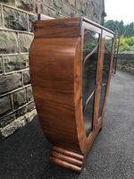 Art deco figured walnut display cabinet (4 of 11)
