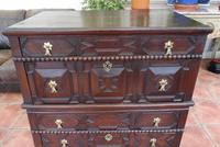 Oak Chest of Drawers (3 of 10)
