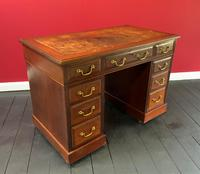 Small Antique Edwardian Leather Bound Mahogany Twin-Pedestal Writing Desk (7 of 16)