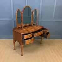 Burr Walnut Bow Fronted Dressing Table (12 of 19)