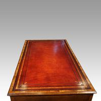 Walnut Pedestal Desk by Waring and Gillow (5 of 18)