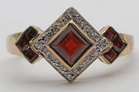 Vintage Garnet & Diamond Gold Dress Ring