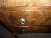 Nice 3 Drawer Oak Chest with Burr Walnut Facings (6 of 6)