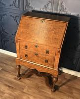William & Mary Style Burr Elm Bureau on Stand c.1900 (3 of 19)