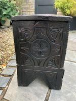 Small Antique Oak Coffer Carved 1660 (9 of 12)
