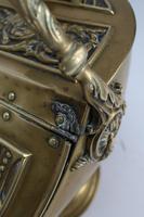 Victorian Brass Helmet Coal Scuttle (9 of 13)