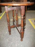 Circular Folding Oak Occasional Table (3 of 4)