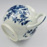 Large First Period Worcester Porcelain Mansfield Pattern Teapot c.1775 (2 of 15)