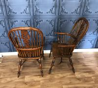 Pair of Windsor Chairs (5 of 14)