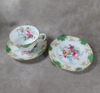 Crown Staffordshire, Fine Bone China Trio, Pattern No F15971 (3 of 9)