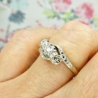 Vintage 18ct Platinum diamond trilogy ring c1930s ~ 1950s (9 of 10)