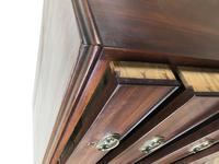George III Mahogany Chest of Drawers (16 of 18)