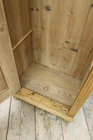 Fabulous Old Stripped Pine Cupboard / Wardrobe (10 of 11)