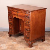 Mahogany Kneehole Desk With Brushing Slide (7 of 17)