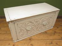 Antique Gustavian Style Window Chest Storage Seat with Carvings (12 of 13)