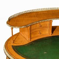 Unusual Victorian Freestanding Oval Satinwood Desk (4 of 12)