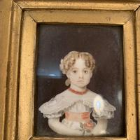 Antique Victorian portrait in oil of a young girl child in ornate gesso frame 2 of 2 (2 of 10)