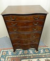 Mahogany Tallboy / Chest of Drawers (5 of 6)