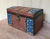 Colonial Dome Top Tin Casket (3 of 9)