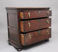 Early 18th Century Oak Chest (4 of 10)