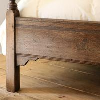 Country Style Matching Pair of Twin Single Oak Beds (7 of 9)