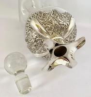 Silver Mounted Glug Glug Decanter London 1898. (7 of 8)