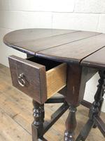 Small 18th Century Gateleg Table (5 of 9)