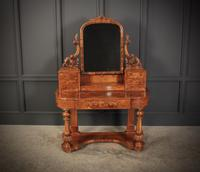 Victorian Figured Walnut Dressing Table (4 of 17)