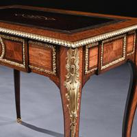 French 19th Century Gilt-Bronze Mounted Writing Table of Fine Quality (10 of 11)