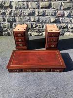 Antique Mahogany Pedestal Desk (12 of 12)