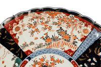 Mid 19th Century Imari Charger with Lobe Edge Decoration (4 of 4)