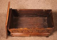 Small English Chest in Oak - 18th Century (15 of 16)