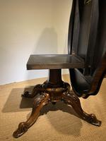 Victorian Rosewood Centre Table / Loo Table (8 of 11)