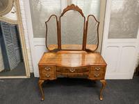 Burr Walnut Queen Anne Dressing Table (2 of 13)